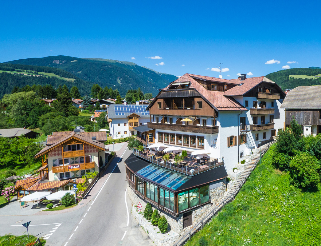 Hotel_Post_Tolderhof_im_Sommer