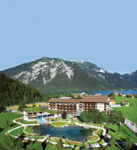 Das Wellnesshotel Rieser Aktiv und Spa Resort mitten in den Bergen