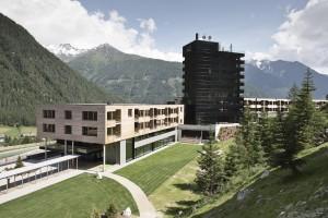 Gradonna Mountain Resort - Hotelturm mit 12 Suiten