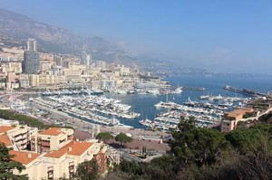 Blick auf den berühmten-Port-Hercule von Monaco