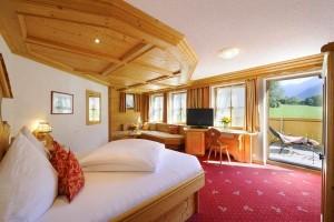 Hotel Vermala liegt eingebettet in die imposante Berglandschaft in St. Gallenkirch
