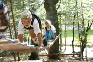 Viel frische Luft und die Berührung mit der Natur lassen die Herzen der Kinder höher schlagen