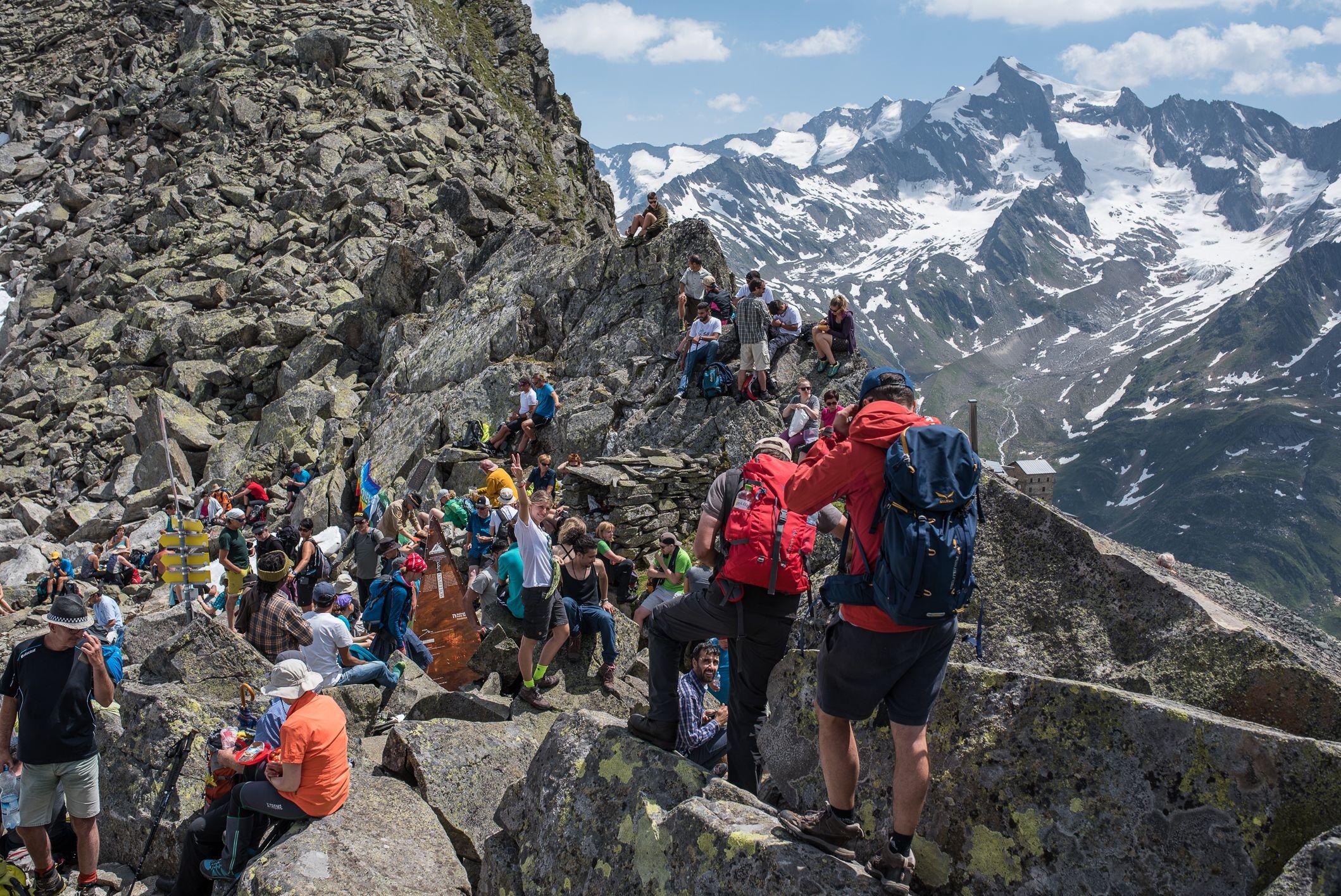 Gipfelerlebnis Beim Alpine Peacecrossing Im Sommer C Moritz Nachtschafft Tourismusverband Krimml