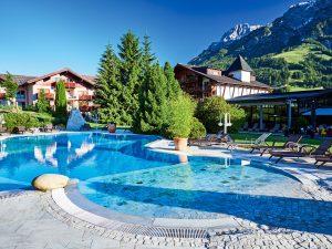 Der Aussenpool des Hotels Krallerhof