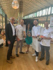 Vorstellung italienischer Produkte mit dem Direktor der italienischen Handelskammer Alessandro Marino und dem neuen italienischen Konsul von München Enrico De Agostini