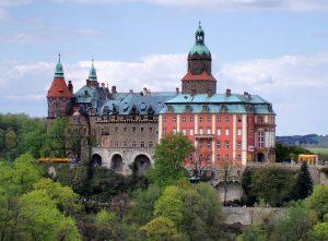 Das größte Schloss Niederschlesiens: Schloss Fürstenstein © Wikimedia Commons