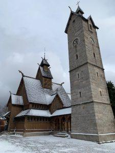 Die Wikingskirche Wang in Karpacz (Krummhübel) © J. Weber